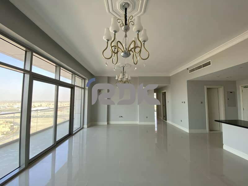 Unfurnished/Spacious Luxurious 2BR Available For Rent/No Commission
