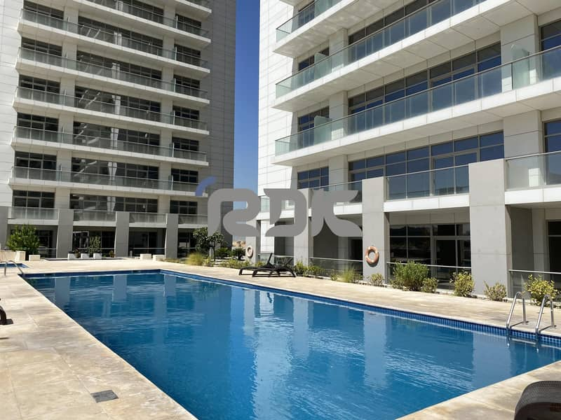 15 Experience Luxury Lifestyle - 1BR Penthouse