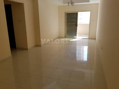 2 Bedroom Flat for Rent in Emirates City, Ajman - Spacious| Open view| Middle Floor| Parking |