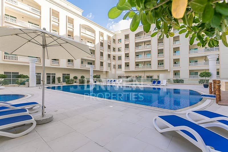 Spacious | 1 Bedroom Apartment | Pool View
