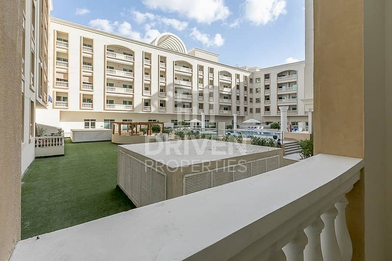 16 Spacious | 1 Bedroom Apartment | Pool View