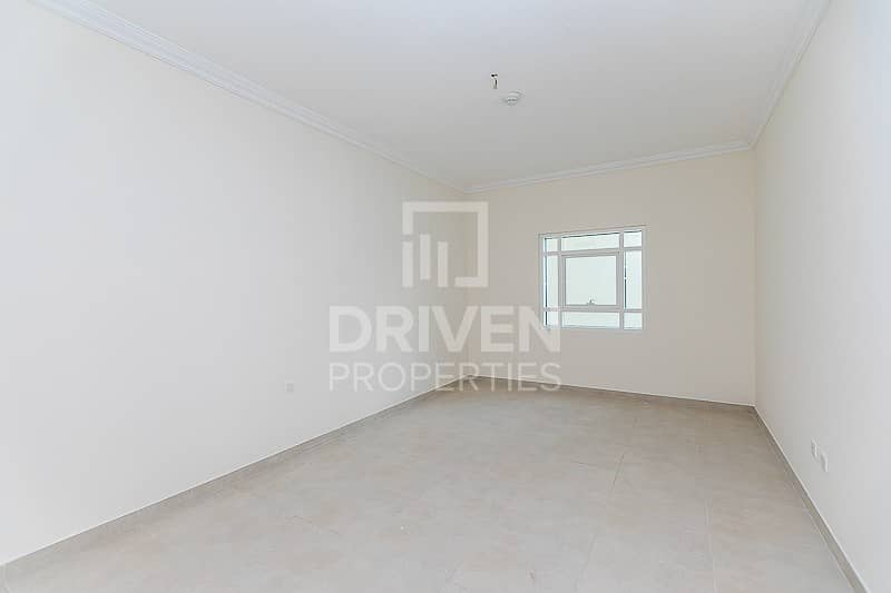 16 Spacious | 1 Bedroom Apartment | Pool View