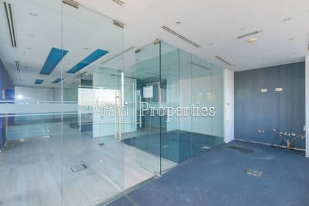 Office for Rent in Dubai Internet City, Dubai - Fitted with Glass Partitions | Sea Views