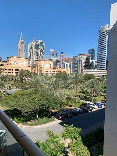 2 Bedroom Apartment for Sale in The Greens, Dubai - 2 Bedroom Apartment for Sale in Al Dhafrah 2