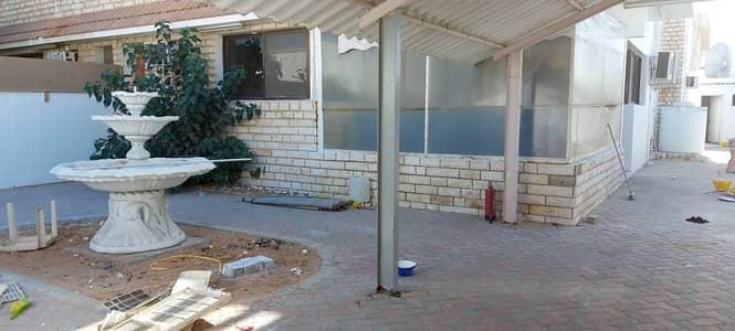 5 Bedroom Villa for Rent in Al Jazzat, Sharjah - Double story 5 bedroom hall villa for rent in Al Jazzat