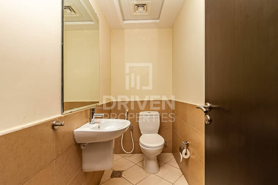 12 Nice Layout | Prime Location | Spacious 1 BR