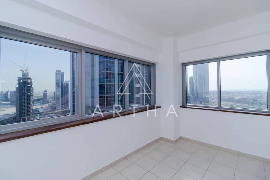 2 3 Bed Apartment | Near to metro | On a High Floor