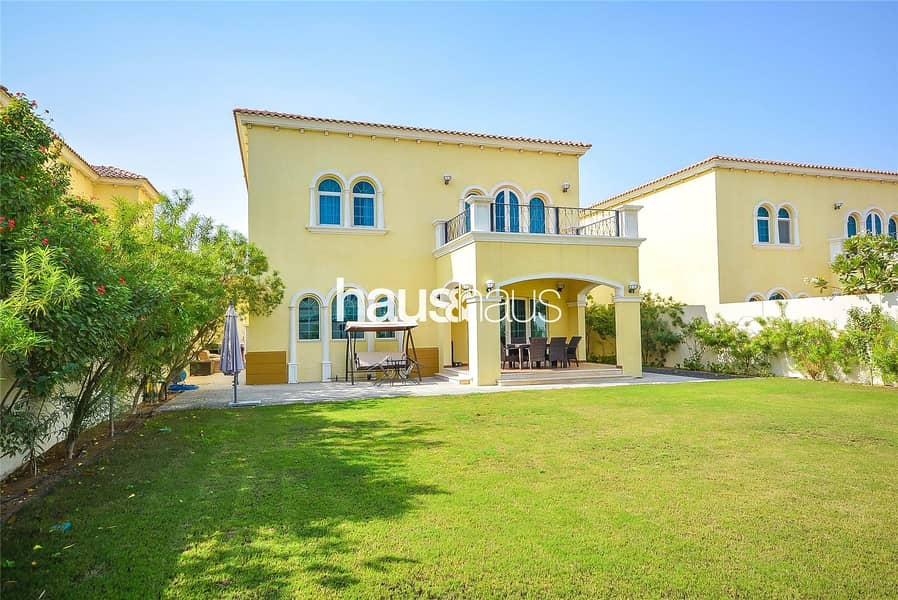 2 Landscaped   Quiet Location   Available January