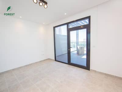 2 Bedroom Flat for Sale in Jumeirah Village Circle (JVC), Dubai - Amazing View | Unfurnished 2BR Apt | Huge Terrace