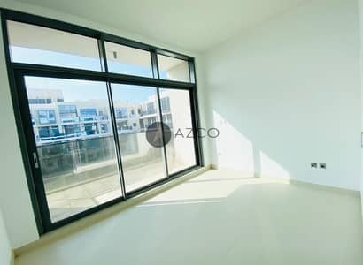 Pool View 2Bed | Separate Store and Laundry