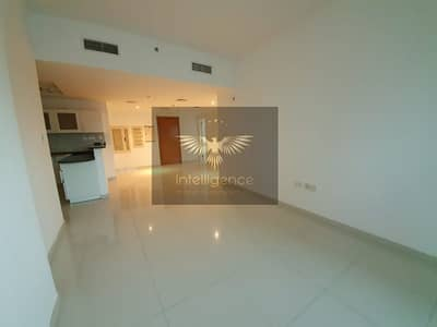 1 Bedroom Apartment for Rent in Al Reem Island, Abu Dhabi - Vacant on 16th of November! Unit w/ Pool/ Sea View