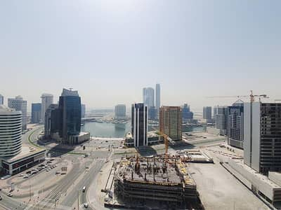 شقة 2 غرفة نوم للايجار في وسط مدينة دبي، دبي - Vacant and Huge 2BR | Canal View | Good Condition