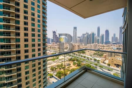 1 Bedroom Apartment for Rent in Downtown Dubai, Dubai - Beautiful layout mid high floor with Burj Khalifa view