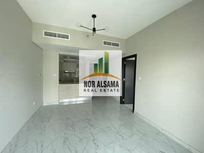 شقة 1 غرفة نوم للايجار في دبي الجنوب، دبي - DEAL OF THE DAY! BRAND NEW LARGE ONE BEDROOM  WITH BALCONY  FOR RENT IN  MAG 5 WITH FREE SWIMMING POOL  & GYM JUST 24000