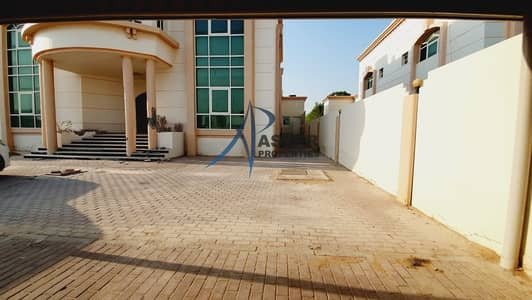 6 Bedroom Villa for Rent in Khalifa City A, Abu Dhabi - Standalone 6BR Villa |Covered Parking|KCA