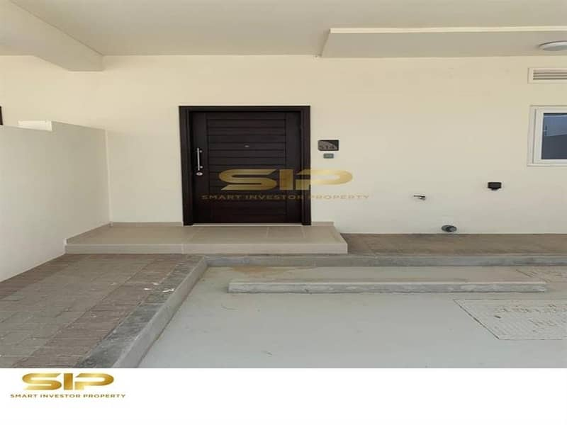 2 Fully Furnished 2 BR Townhouse in Akoya Oxygen