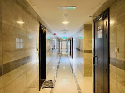 استوديو  للايجار في الكرامة، دبي - شقة في الكرامة 36000 درهم - 4849402