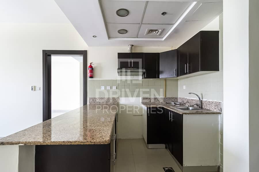 2 Amazing View | Nice Layout | Spacious 1BR