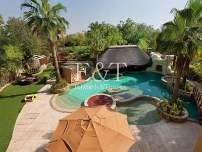 5 Bedroom Villa for Sale in Emirates Hills, Dubai - Designer home|Luxury amenities| Ready to move into