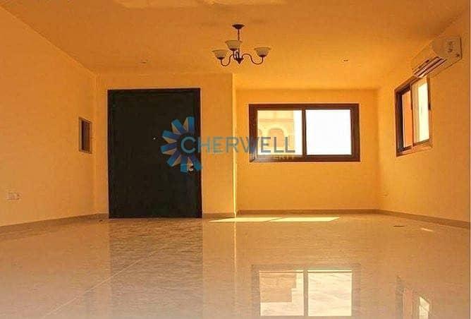 Corner Unit   Elegant & Luxurious Villa   Vacant