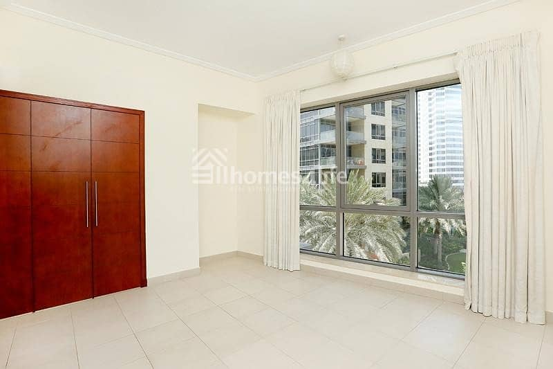 2 Spacious 1 Bedroom  High floor  Invest now