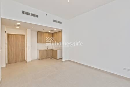 Brand New Apartment in Town Square | Call Now