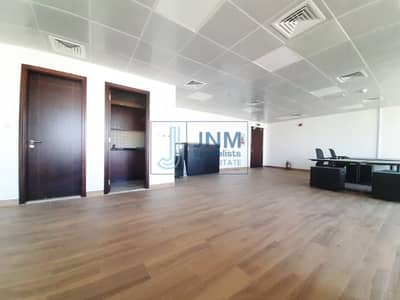 Office for Rent in Jumeirah Lake Towers (JLT), Dubai - High Floor | Full Lake View | Fitted Office