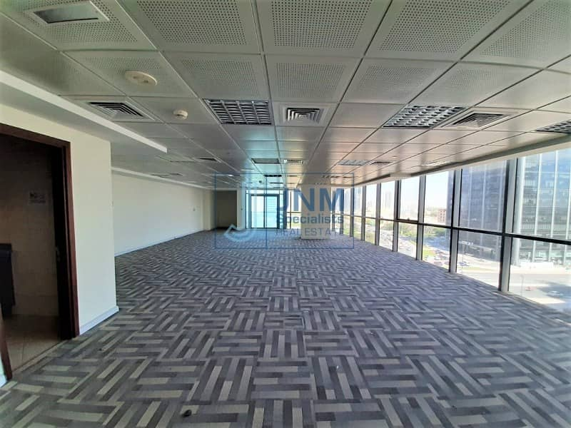 22 Fully Fitted Office   Lake View   Low Floor