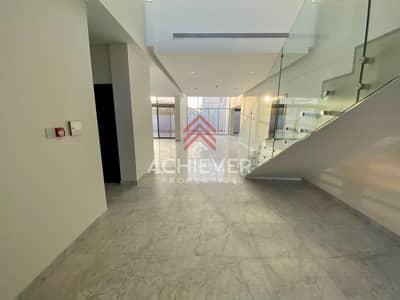 فیلا 5 غرف نوم للايجار في مدينة محمد بن راشد، دبي - Stunning 5 Bed + Maid | Contemporary Villa
