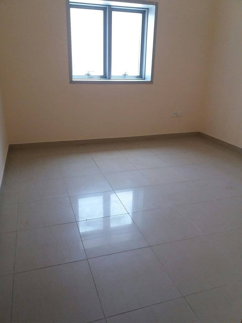 10 One Month Free 2Bhk With Balcony 2 Full Bathroom Fully Open View Apartment Close To Dubai