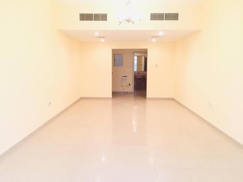 2 chiller + parking + 1 Month free .. Bigger 3bhk with wardrobe balcony maid room in family building just in 53k