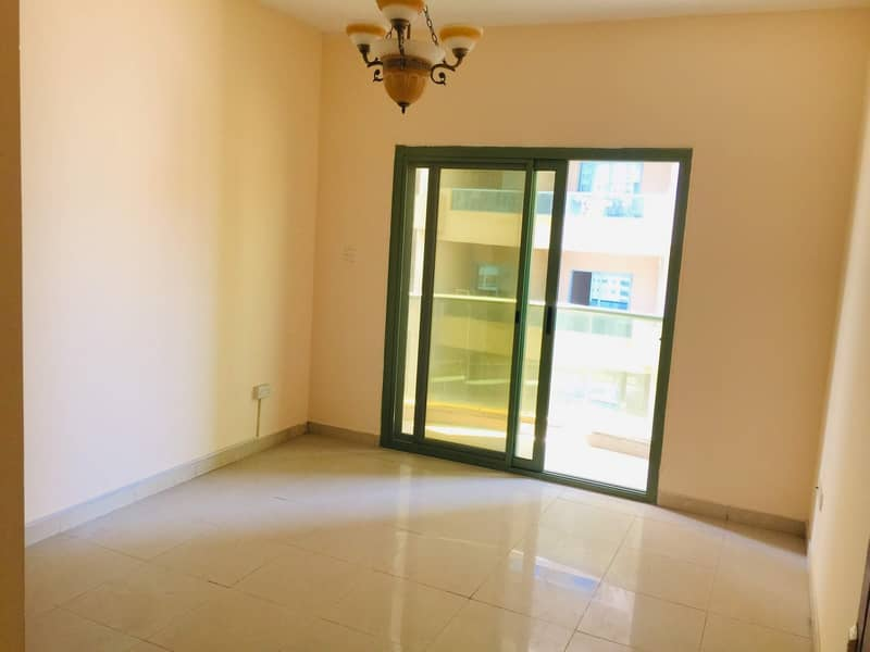 10 1 Month Free :: Luxury 2bhk with Balcony 2 full washroom in family building easygoing to dubai just 35k