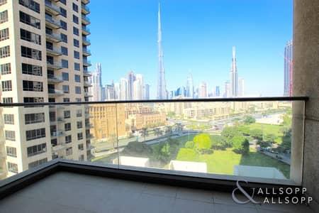 شقة 2 غرفة نوم للبيع في وسط مدينة دبي، دبي - Burj Khalifa View | Good Layout | Two Bed