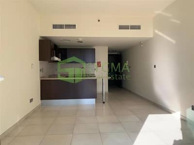 Studio for Sale in Jumeirah Lake Towers (JLT), Dubai - Best Price Well Maintained Lake View