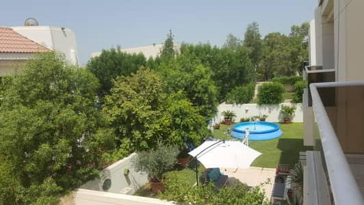 Spacious 3 bedroom plus maid villa with beautiful private garden and shared pool in Jmeirah, One month free