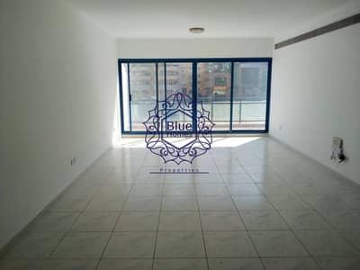 فلیٹ 3 غرف نوم للايجار في بر دبي، دبي - Luxury 3BHK Duplex with BIG Size Balcony Close to BurJaman Metro
