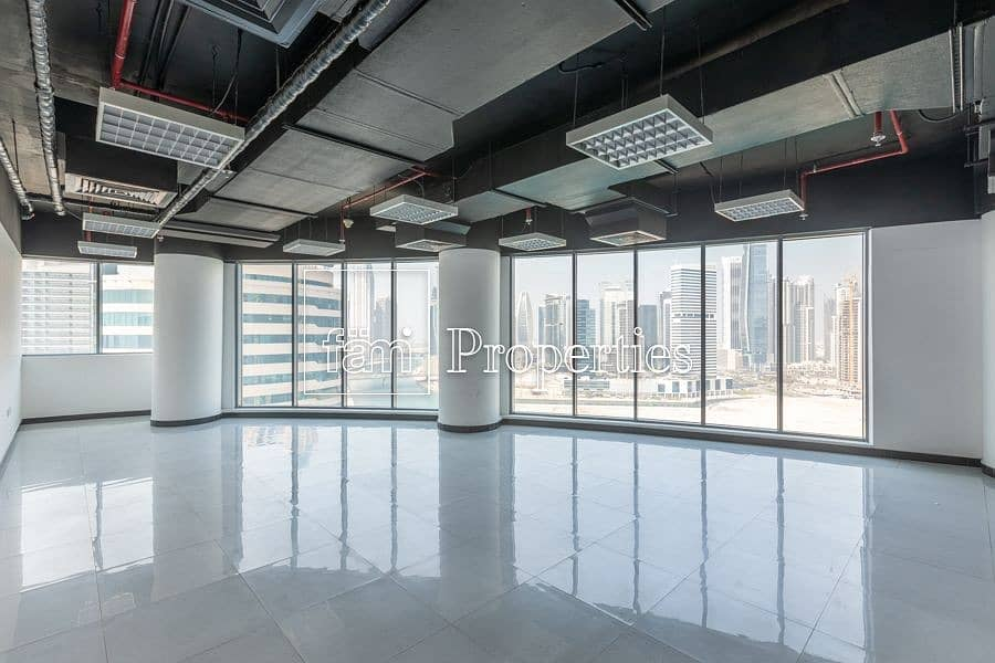 2 Fully Fiited Office with Panoramic Lake View