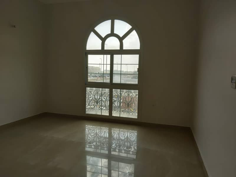 10 Commercial Villa For Sale|Main Road|Ideal Location