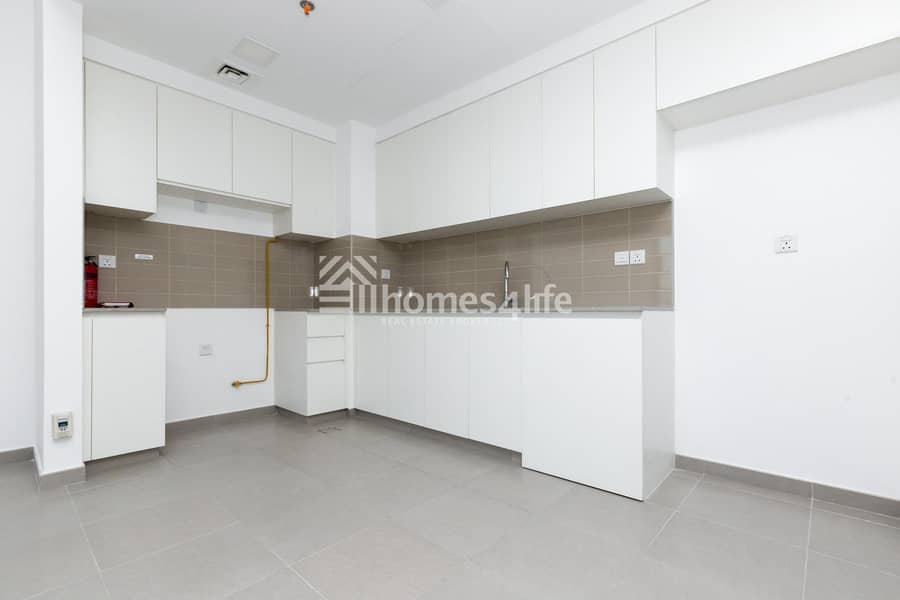 2 Call and View the Fascinating 2BR Apartment  With Good Layout