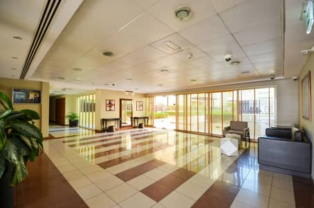 2 Bedroom Apartment for Rent in The Greens, Dubai - Great location   Peaceful community   Bright apartment