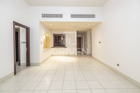 3 Bedroom Apartment for Rent in Old Town, Dubai - Bright | Spacious 3 Bed | Private Garden