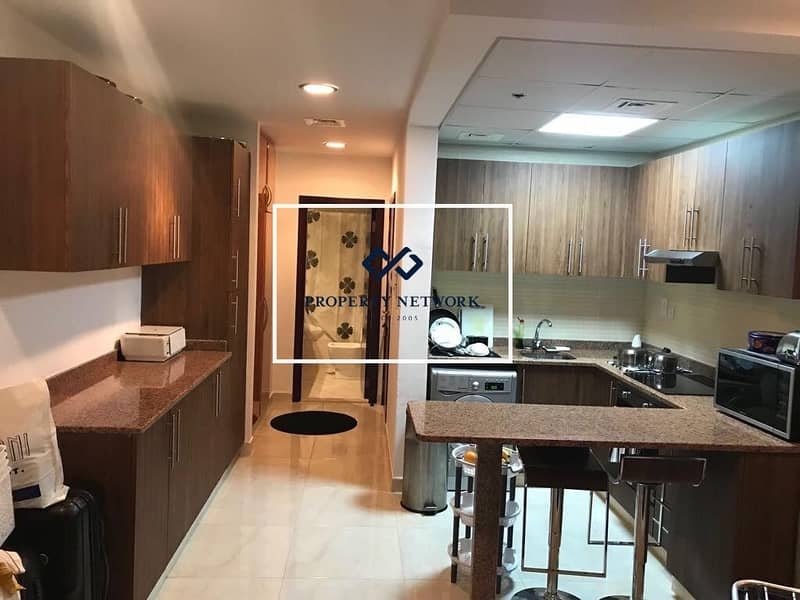 2 No Security Deposit I 12 Cheques I Kitchen Appliances