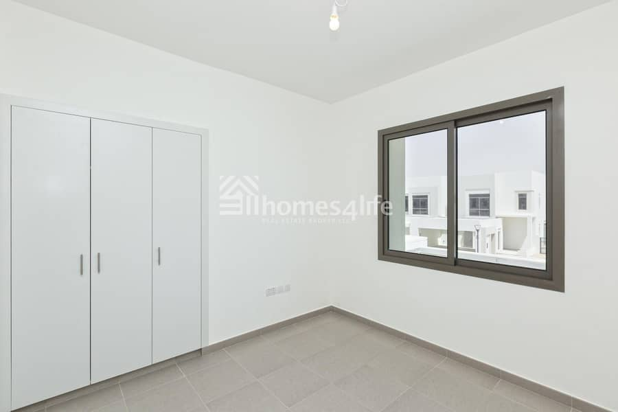 2 In Demand Brand New 4 Bed Town House | Affordable Deal
