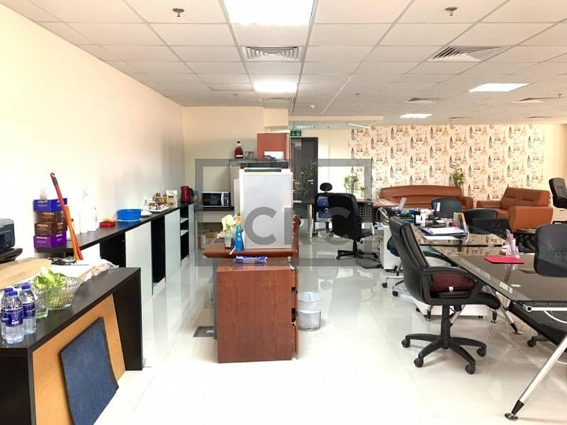 2 Bright | Open Plan Office with Dry Pantry