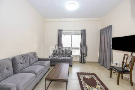 1 Bedroom Flat for Sale in Remraam, Dubai - Bright and Well-maintained | Best Priced