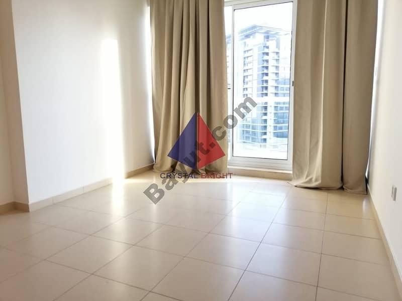 Best Deal   Spacious 1 bed in Mayfair Residency  @ 40K