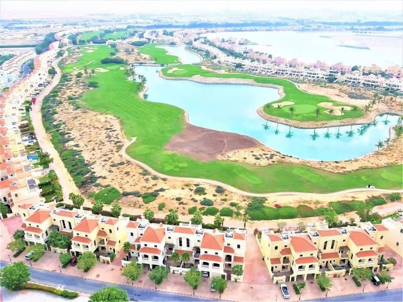 For sale well maintained 4 bed Ta villa on the golf