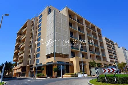 3 Bedroom Townhouse for Rent in Al Raha Beach, Abu Dhabi - You Can Find Safety In This Spacious Townhouse