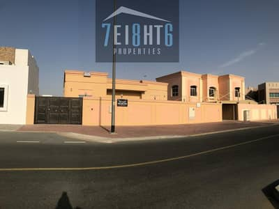 فیلا 3 غرف نوم للايجار في القوز، دبي - Outstanding quality: 3 b/r indep GROUND FLOOR villa + large garden for rent in Al Quoz 4