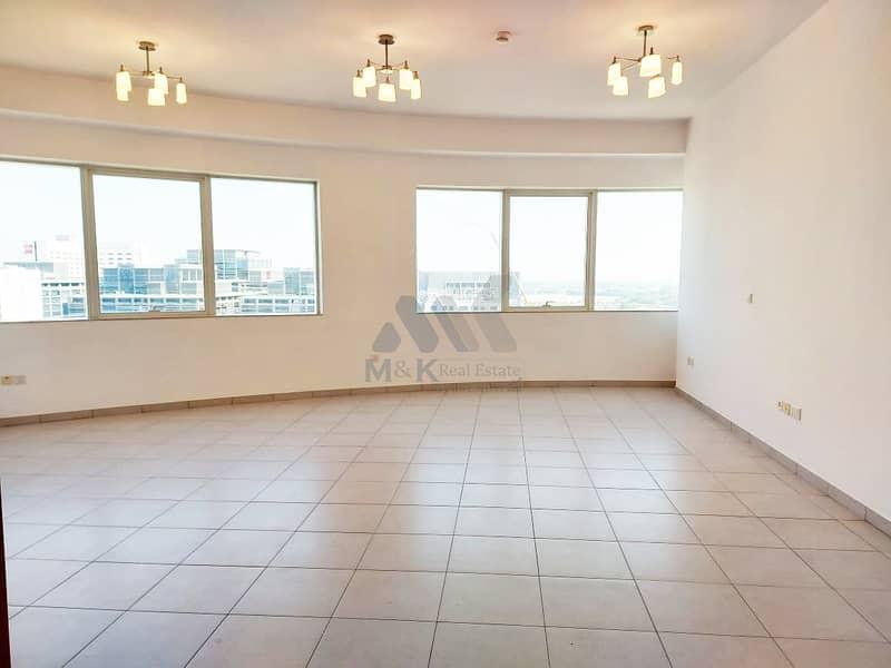 شقة في بلو تاور شارع الشيخ زايد 2 غرف 77000 درهم - 4852073